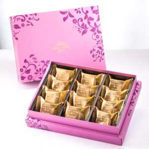 【Royal Purple】Salty Yolk Pineapple Cake 12 pcs Gift Box