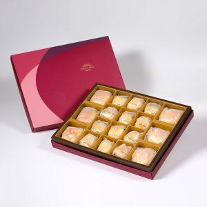 【Ruby Red】18 pcs Gift Box★Pork Mung Bean Traditional Mooncake*3+Mung Bean Traditional Mooncake*3+Golden Salty Yolk Duels Beans Mooncake*12