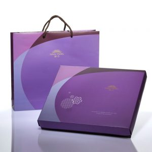 【Royal Purple】Golden Dates Mooncake 12 pcs Gift Box